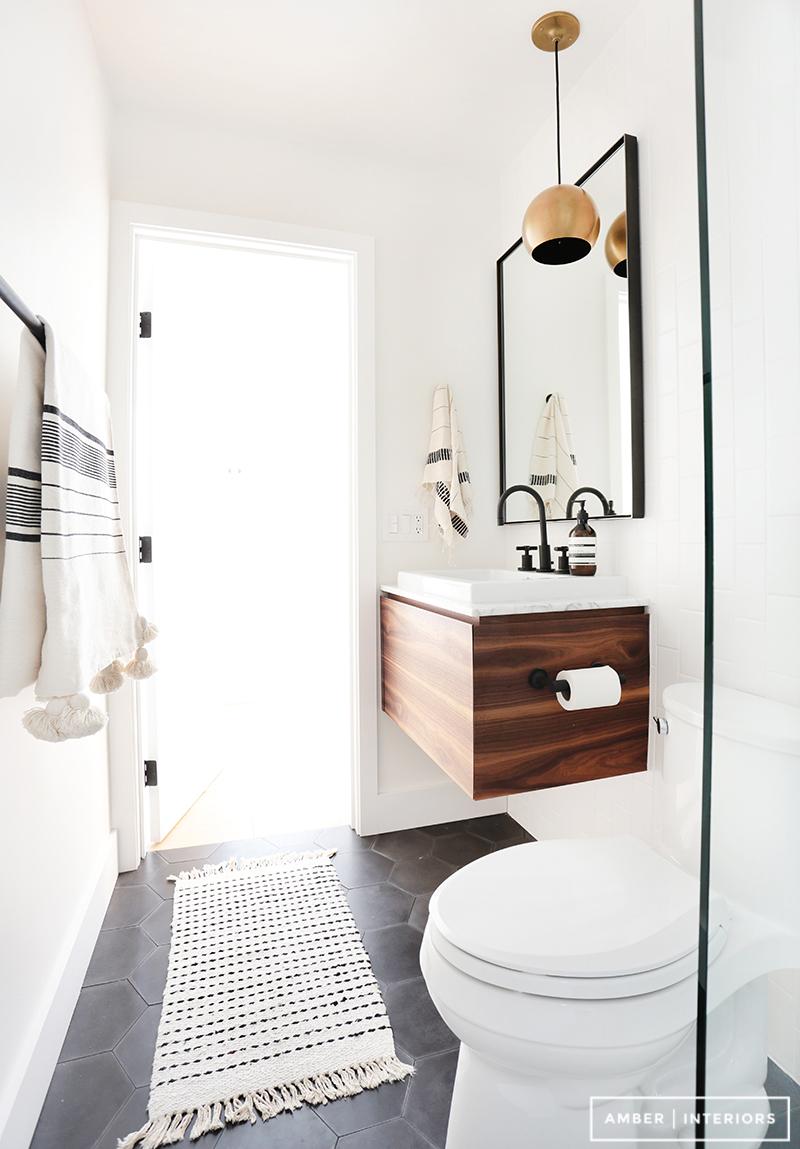 Aprovechando un baño pequeño