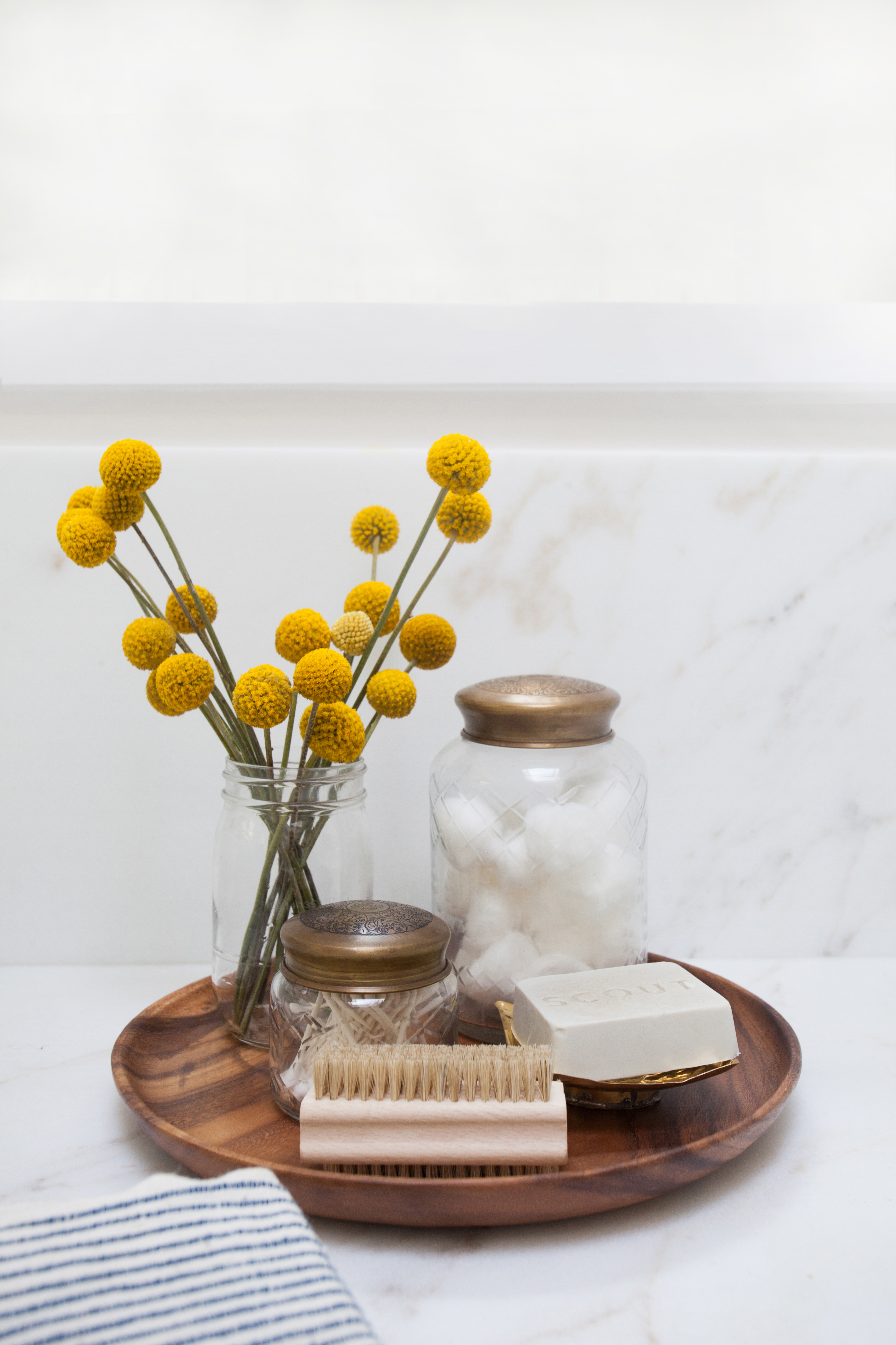 Dr client clients amber interiors for Decorative bathroom tray