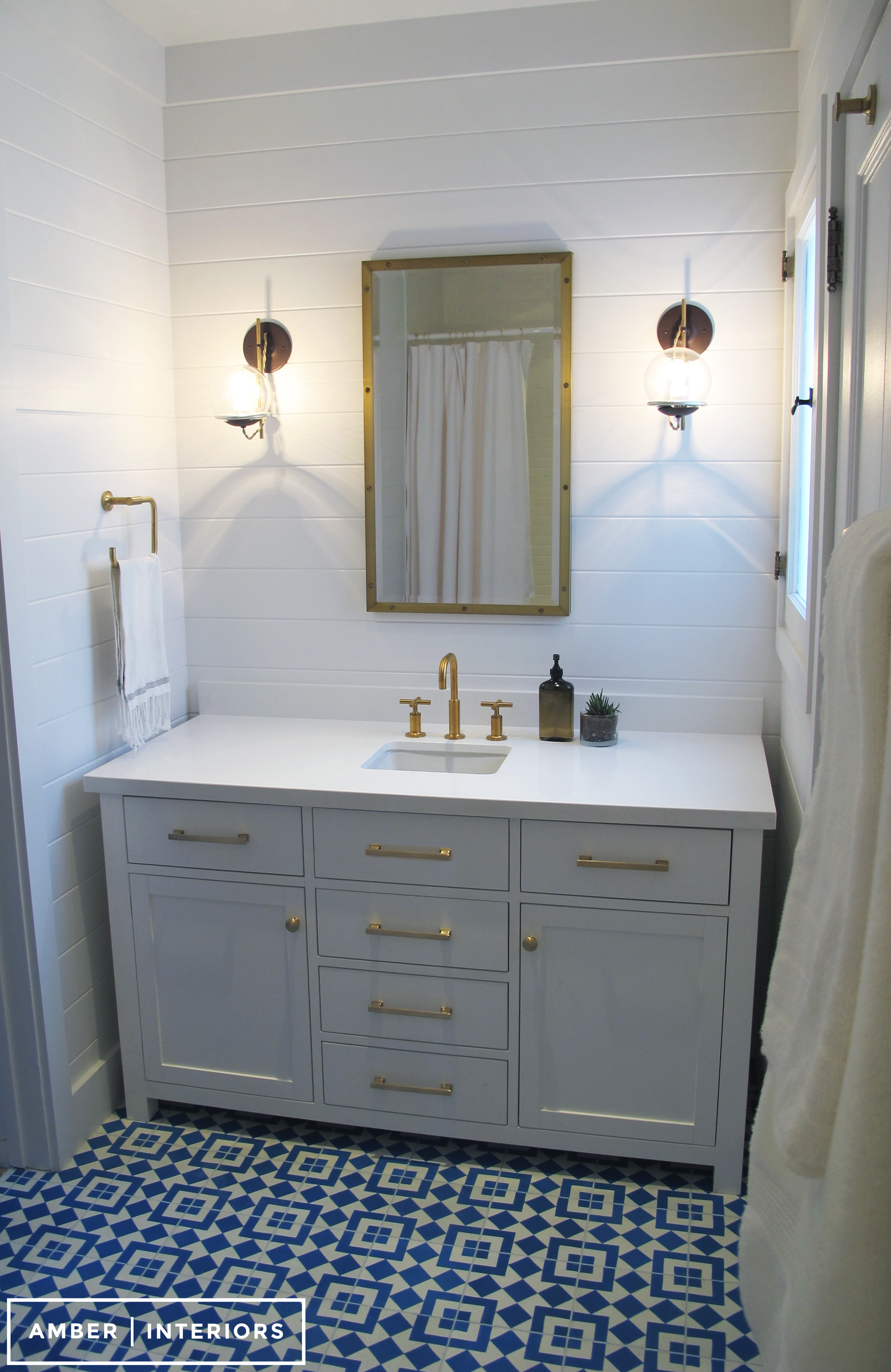 : Before & After : Guest Bathroom Remodel – Amber Interiors